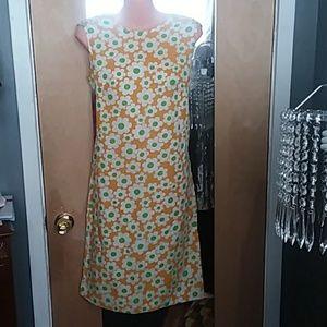 Vintage daisy  shift dress